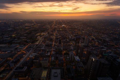 Heure dorée à Chicago aux USA prise depuis la Skydeck de la Willis Tower