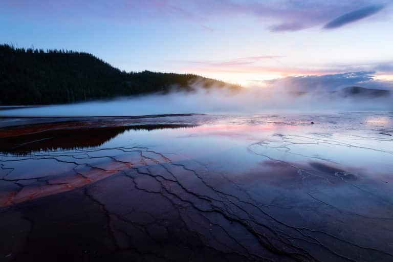 Visit the Yellowstone: a mythical park